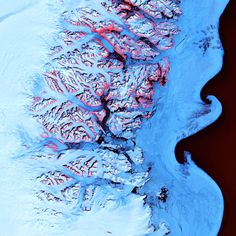 Coast of Greenland. http://spacereal.ru/