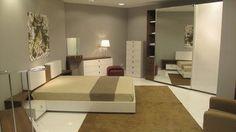 Divider, London, Architecture, Bed, Room, Furniture, Home Decor, Arquitetura, Bedroom