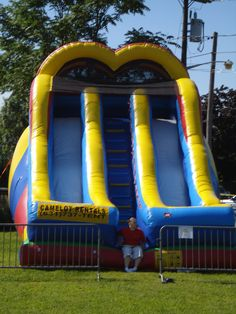 14 best bounce houses inflatables images bouncy castle things rh pinterest com