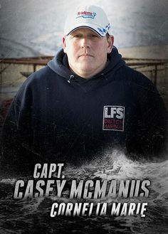 Capt Casey McManus ~ Teaching owner Josh Harris the ropes (Cornelia Marie) Deadlist Catch, Cornelia Marie, Tv Shows, Guys, Boats, Fishing, Movies, Reality Tv, Catcher