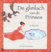 De glimlach van de Prinses – Coby Hol  In dit prentenboek is een klassiek sprookjesthema gestoken in een Indonesisch jasje. Een mooie prinses met een glimlach die iedereen blij maakt, wordt ontvoerd door een draak en uiteindelijk door een dappere matroos gered.