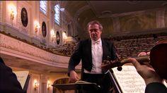 Prokofiev – Symphony No.6 Opus 111 (Mariinsky Theatre Orchestra, Valery Gergiev) Symphony Orchestra of the Mariinsky Theatre, St Petersburg / Valery Gergiev - musical director