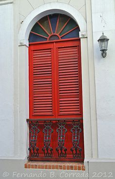 Red window, Puerto Rico