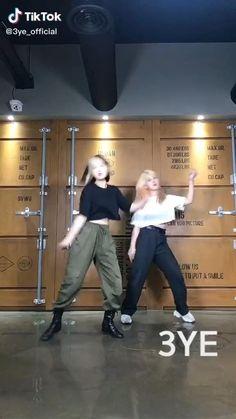 Ballet Dance Videos, Girl Dance Video, Hip Hop Dance Videos, Dance Workout Videos, Dance Moms Videos, Dance Tips, Dance Music Videos, Dance Choreography Videos, Cool Dance Moves