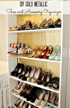 DIY Home Improvement On A Budget - Faux Thick Baseboard - Easy and Cheap Do It Yourself Tutorials for Updating and Renovating Your House - Home Decor Tips and Tricks, Remodeling and Decorating Hacks - DIY Projects and Crafts Shoe Organizer, Closet Organization, Shoe Rack Models, Diy Vintage, Gold Diy, Closet Bedroom, Shoe Closet, Shoe Storage, Storage Ideas