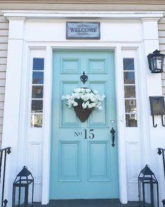 23 Trendy Ideas For Wythe Blue Front Door Colors Teal Front Doors, Best Front Door Colors, Teal Door, Front Door Paint Colors, Painted Front Doors, Painted Stairs, Turquoise Door, Paint Colours, Exterior Door Colors