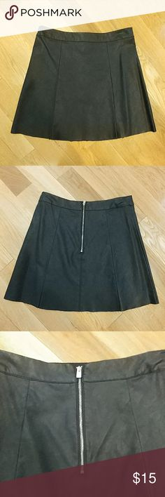 Hollister faux leather skirt Beautiful black faux leather skirt by Hollister. Zipper on back. Perfect condition. Hardley ever worn. Hollister Skirts