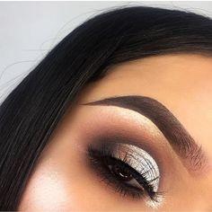Pretty eyeshadow colors for brown eyes