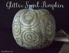 Glitter Swirl Pumpkin #michaelsmakers #ModPodge