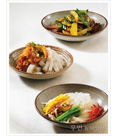 Various mook, or acorn jelly banchan. According to the historian Jared Diamond, Korea is the only culture that has sourced gelatinized acorn into food!