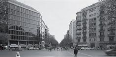 Uno de los chaflanes que fotografía Manolo Laguillo es aquel en que se encuentra la Casa Jaume Sallo Burgués.  © Manolo Laguillo/Visual VEGAP