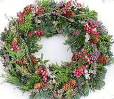 advent a vánoce / Zboží prodejce Flowers and Buxus, Advent, Christmas Wreaths, Floral Wreath, Holiday Decor, Flowers, Gardening, Nature, Floral Crown