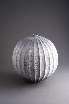 Hiroshi Sakai #ceramics #pottery                                                                                                                                                                                 More
