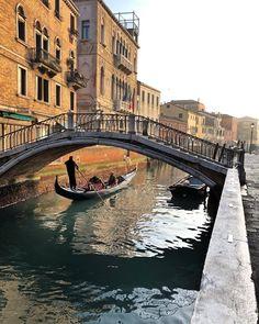 """bettio: """"San Trovaso, Venezia (presso Venice, Italy) """""""