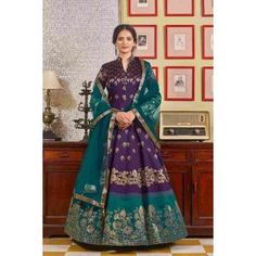 Buy Gowns - Discover the wide range of designer gowns online Party Wear Long Gowns, Long Anarkali, Ethnic Looks, Floor Length Gown, Gowns Online, Abaya Fashion, Designer Gowns, How To Dye Fabric, Indian Dresses
