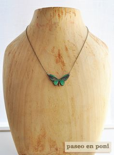 Wooden ceramic glass green theme necklace 22 inch