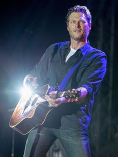 Blake Shelton Performs First Concert Since Divorce from Miranda Lambert: 'I'm Nervous' http://www.people.com/article/blake-shelton-first-performance-post-divorce