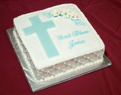 New Baby Boy Baptism Cale Crosses 26 Ideas Baby Christening Cakes, Baby Boy Baptism, Baby Boy Cakes, Cakes For Boys, Cake For Baptism Boy, Boy Communion Cake, First Holy Communion Cake, Baptism Food, Baptism Party
