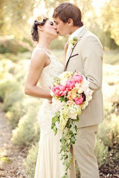 San Ysidro Ranchis one of those places that kind of looks like heaven on earth. I'm talking scenery that looks straight from a movie, and weddings so perfect it could bring you to tears. It's a place made all the