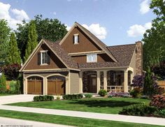 House Plan chp-44857 at COOLhouseplans.com 1959 squ ft.  Great kitchen, extra pantry, no attic or second living.