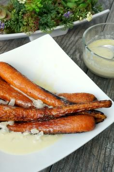 AIP Paleo Blistered Carrots with Lemon Cream Sauce #Whole30 #Vegan
