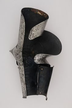 Left Arm Defense (Vambrace) with Elbow Reinforce