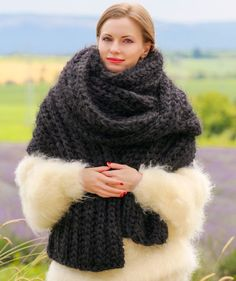 BLACK Hand Knitted Mohair Scarf Fuzzy EXTRA LONG Shawl SUPERTANYA 5 STRANDS 1 kg #SuperTanya #Extralonghandmademohairscarf
