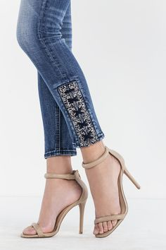 Slim and sleek throughout, Miss Me's skinny jean creates an elongating look and sexy silhouette. Browse all women's skinny jeans at Miss Me. Diy Jeans, Jeans Refashion, Lace Jeans, Denim Fashion, Fashion Pants, Fashion Dresses, Womens Fashion, Sporty Fashion, Ski Fashion