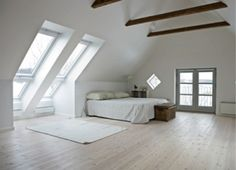 Awesome All white Master Bedroom Design Ideas Attic Apartment Attic Master Bedroom, Attic Bedrooms, Master Bedroom Design, Bedroom Loft, Bedroom Decor, Bedroom Furniture, Attic Design, Interior Design, French Interior