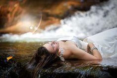 waterfall trash the dress sessioni