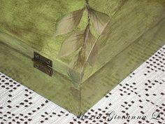 Decoupage: cofanetto in legno