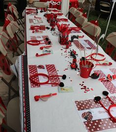 Love this ladybug party table!