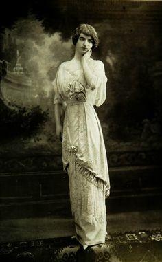VINTAGE FASHION - Les Modes 1912