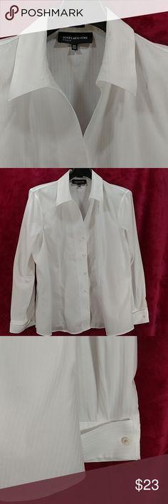 5a1f68c43f9252 NWOT Jones french-cuff split-neck button 16 blouse NWOT JNY french-cuff,  split-neck, button-front, strip-patterned white blouse in Size Jones New  York Tops ...