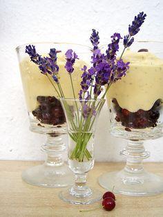 Rezept für Felsenbirnen mit Minz-Zabaione