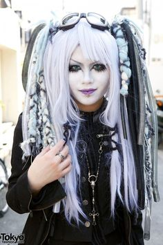 Japanese Pastel #CyberGoth http://data1.whicdn.com/images/58162769/Japanese-Shironuri-Fashion-Harajuku-086-600x900_large.jpg