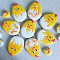 #пряникекатеринбург No Egg Cookies, Fancy Cookies, Iced Cookies, Cut Out Cookies, Easter Cookies, Cupcake Cookies, Sugar Cookies, Butterfly Cookies, Easter Season