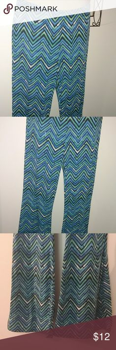 CHEVRON FLARED LEGGINGS Design as Shown Excellent condition Flared @ Bottom Works Great w Boots !! online Pants