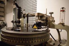 Blog.VinylGourmet.com: 180 Gram Vinyl... What are the benefits? Heavyweight Vinyl Records Explained