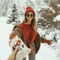 20 + Getting Smart With Winter Fashion Cold Snow Sweaters 24 Winter Fashion Outfits, Fall Winter Outfits, Winter Outfits For Teen Girls Cold, Snow Outfits For Women, Snow Fashion, Parisian Fashion, Bohemian Fashion, Fashion 2017, Fashion Clothes