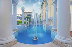 Piscina esterna fontana hotel terme