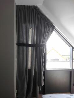 Super Afbeeldingsresultaat voor gordijnen voor driehoekig raam MJ43