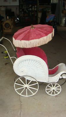 Antique Wicker Baby Buggie Carriage Pram Stroller 1940