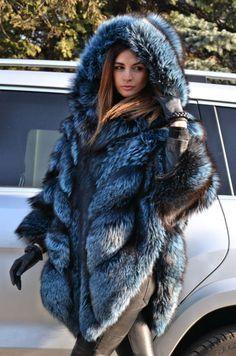 BLUE ROYAL SAGA SILVER FOX FUR PONCHO HOOD LIK SABLE MINK CHINCHILLA COAT JACKET