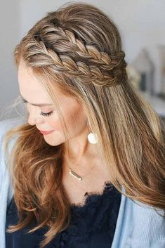 Lace Braid ★ Wondering how many types of braids there are? Let… Lace Braid ★ Wondering how many types of braids there are? Let us show you how different braids can be. Side Braid Hairstyles, Braided Hairstyles, Cool Hairstyles, Style Hairstyle, Black Hairstyles, Hairstyle Ideas, Decent Hairstyle, Dance Hairstyles, Hairstyles Pictures