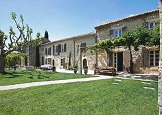 beautiful farmhouse in Saint Remy CLICK BELOW to discover the magic of our walking tour through FRANCE & ITALY: www.spectrumholidays.com.au  #france #italy #provence #stremy