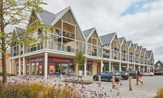 Designed to serve as the heart of Beaulieu, Beaulieu Square provides a new Neighbourhood Centre for the community and is set to become a busy, bustling hub. Education Franchise, English Tuition, Bright Horizons, Liverpool Street, Sainsburys, Next Door, Finding A House, Lodges, Countryside
