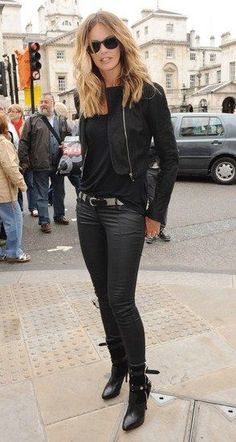 Elle Macpherson Fashion and Style - Elle Macpherson Dress, Clothes, Hairstyle - Page 12