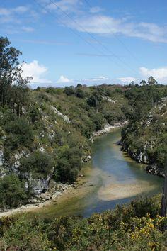 desembocadura del rio puros en senda costera andrin pendueles llanes  www.llanon.com