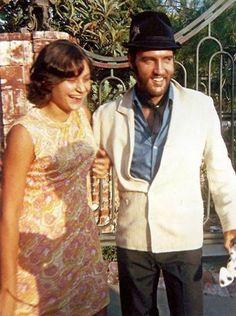 Clint Eastwood, Tom Selleck Movies, Westerns, Lisa Marie Presley, Priscilla Presley, Western Film, Elvis Presley Photos, Chuck Berry, Idole